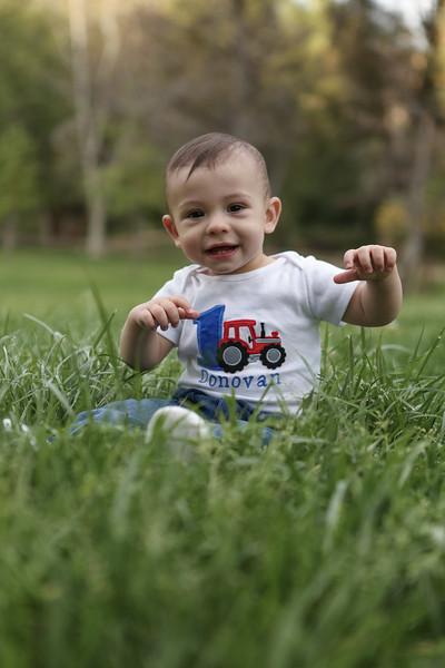 Donovan's 1st Birthday - Family Photoshoot-44.jpg