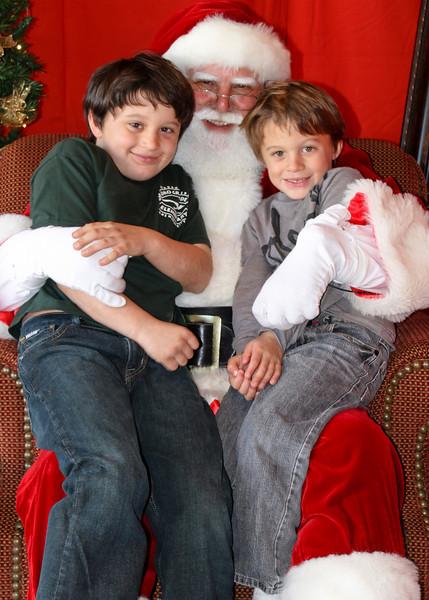 Santa Clause 11DEC2010-445Master.JPG