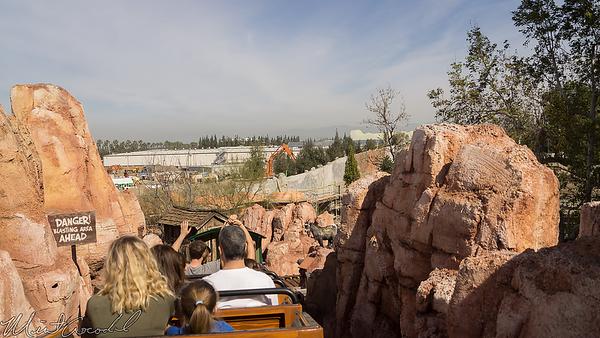 Disneyland Resort, Disneyland, Big Thunder Mountain Railroad, Big Thunder, Star Wars Land, Star Wars, Frontierland, Trail, Jamboree