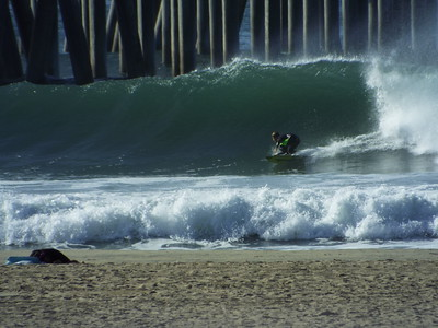 11/26/19 * DAILY SURFING PHOTOS * H.B. PIER