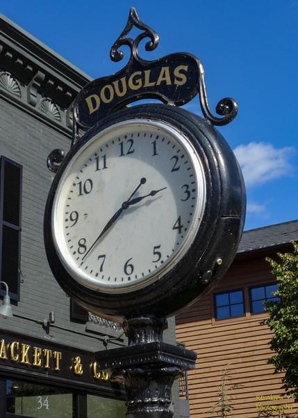 Douglas Clock 0685.jpg