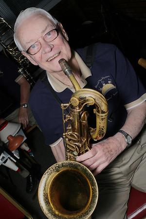8:24:09 Roswell New Horizons Jazz Band