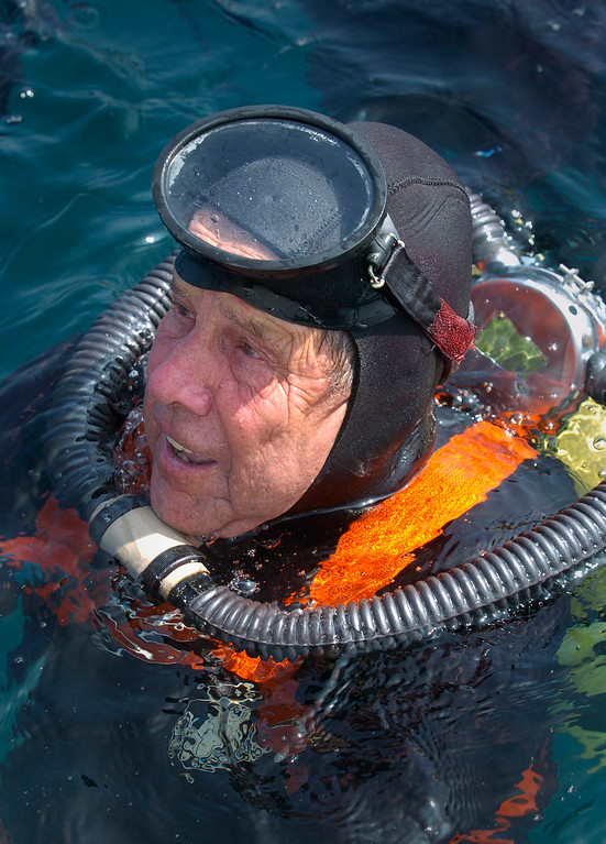 . Bob Meistrell of Body Glove wears vintage dive gear on the occasion of his 80th birthday. Thursday, he dove to 100 feet with sons and grandsons to honor his twin brother Bill who passed away two years ago. Photo bby Brad Graverson 7-31-08