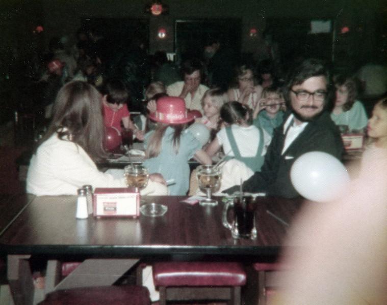 121183-ALB-1977-2-060.jpg