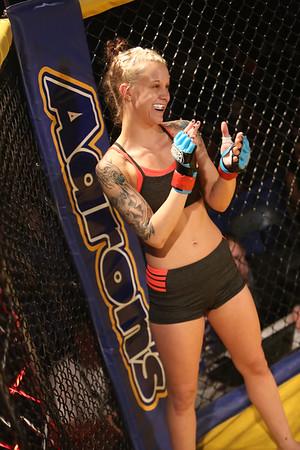 Fight #5 Taylor Starling vs. Savannah Schaefer