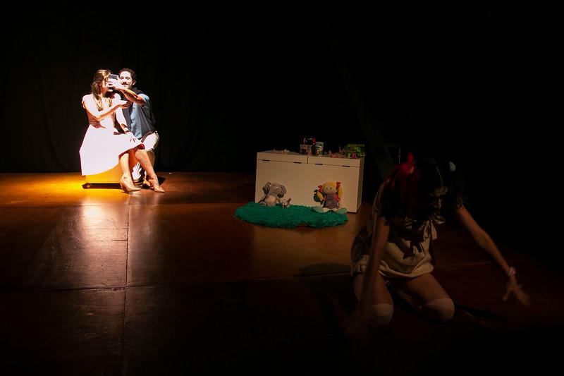 Allan Bravos - essenCIA Teatro - Persona 07-53.jpg