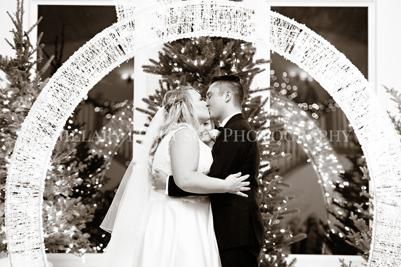 Hillary_Ferguson_Photography_Melinda+Derek_Ceremony106.jpg