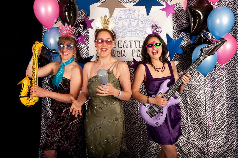 Seattle Mom Prom 2011-8.jpg
