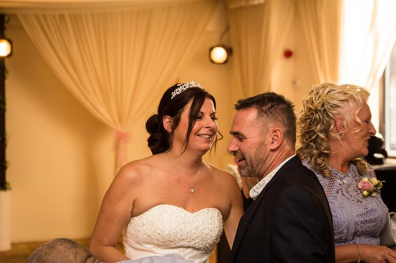 bensavellphotography_wedding_photos_scully_three_lakes (320 of 354).jpg