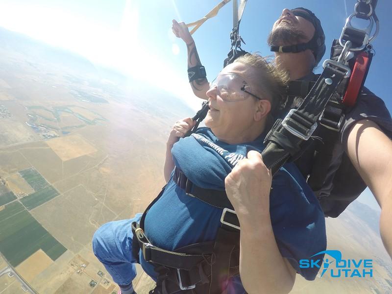 Lisa Ferguson at Skydive Utah - 88.jpg