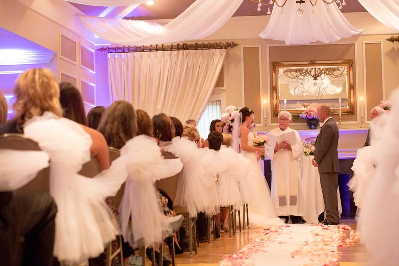 Matt & Erin Married _ ceremony (201).jpg