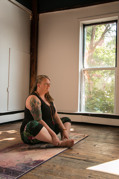 Mel - Yoga