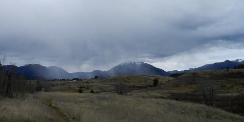 Piedra Mnt cloudy sleet.jpg