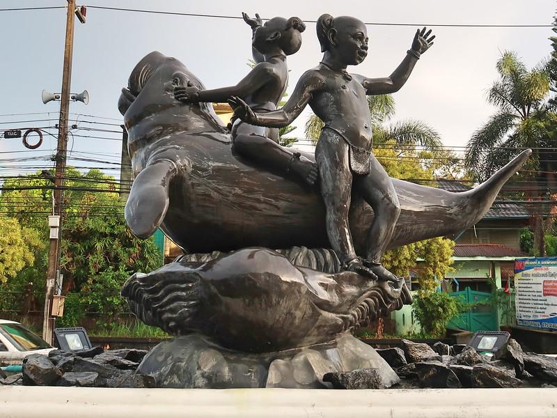IMG_4221-dugong-statue.jpg