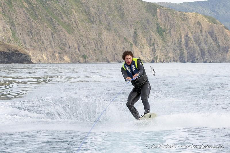 20160117 DOLPHIN & Eddie Radcliff wakeboarding - D'Urville Trip - Jan 16 _MG_6251 WM WM a