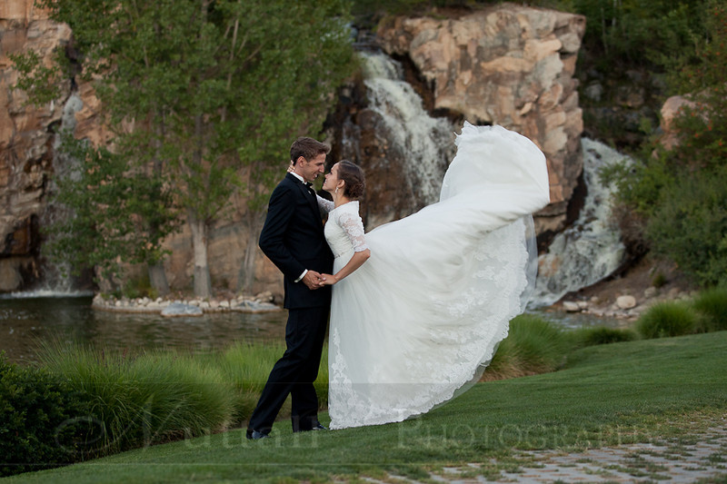 M & M Bridals-447.jpg