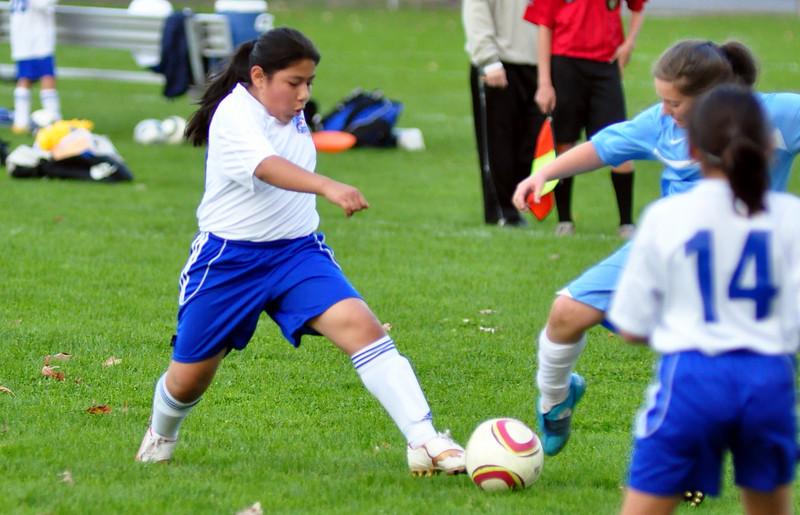 plainville u-11 girls soccer 10-17-10-034.jpg