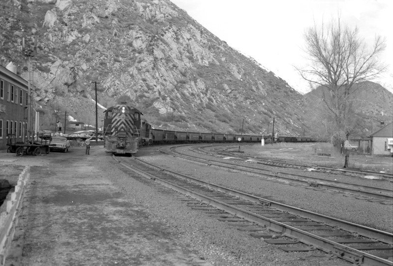 D&RGW passing through Thistle. March 12, 1966. (Marvin Black Photo)