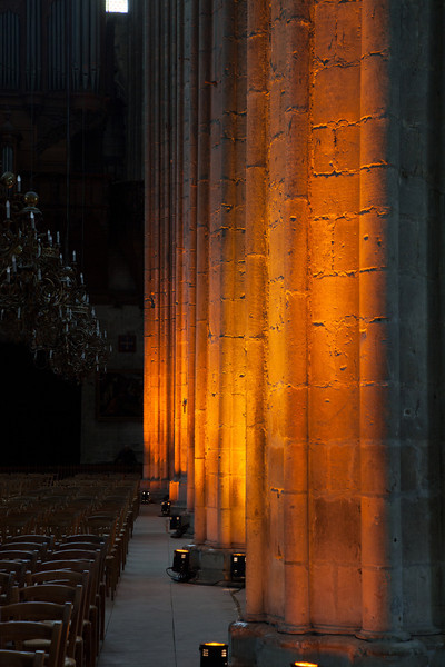 Bourges, Saint Stephen Cathedral Nave Columns