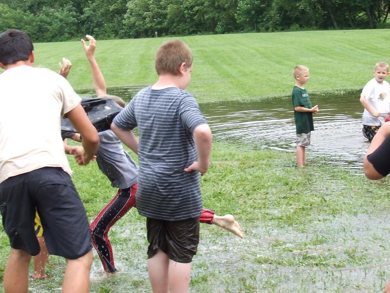 CampHosanna2011Wk4Jr.-Billy,Zach's19thbday 035.JPG