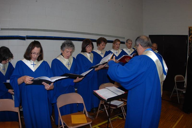 2012-11-04-Dome-Cross-Blessing-Sunday_260.JPG