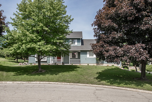 427 Hampshire Court - Shorewood Forest, Valparaiso, IN