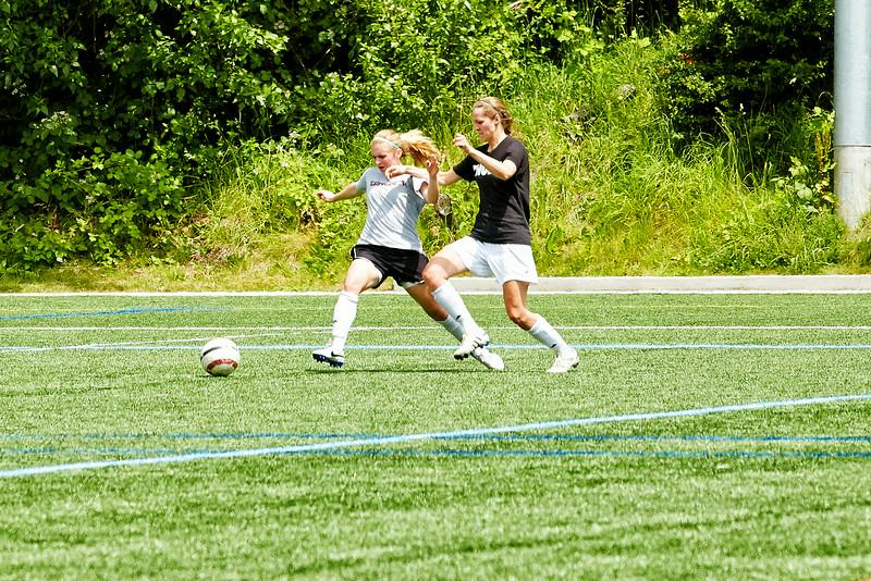 HNA-soccer-AF2A1081_.jpg