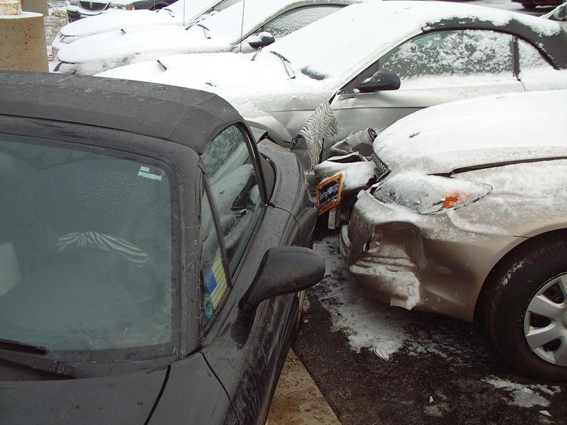 2005-12-1 Miata Crash 00006.JPG
