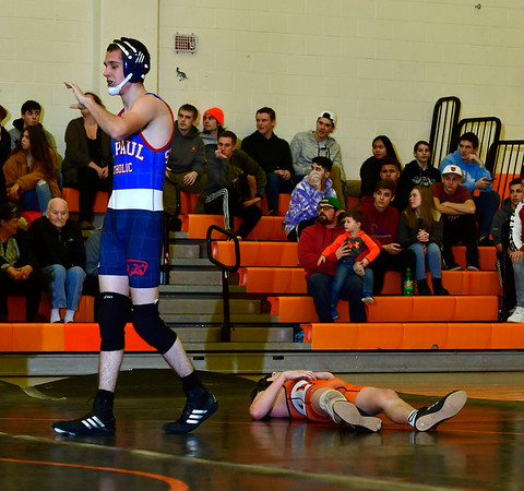 1/9/2019 Mike Orazzi | Staff St. Paul's Chris Warner and Terryville's Nick Zappone in a 120 match at Terryville High School Wednesday night.