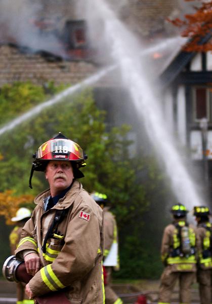 October 30, 2009 - 4th Alarm - 3 Chedington Pl.