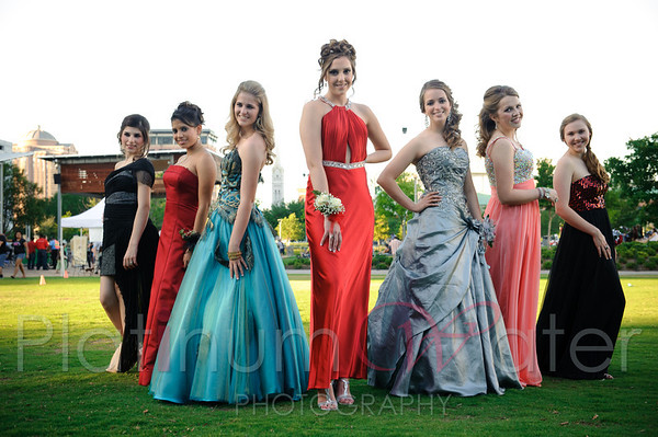 Prom_Group