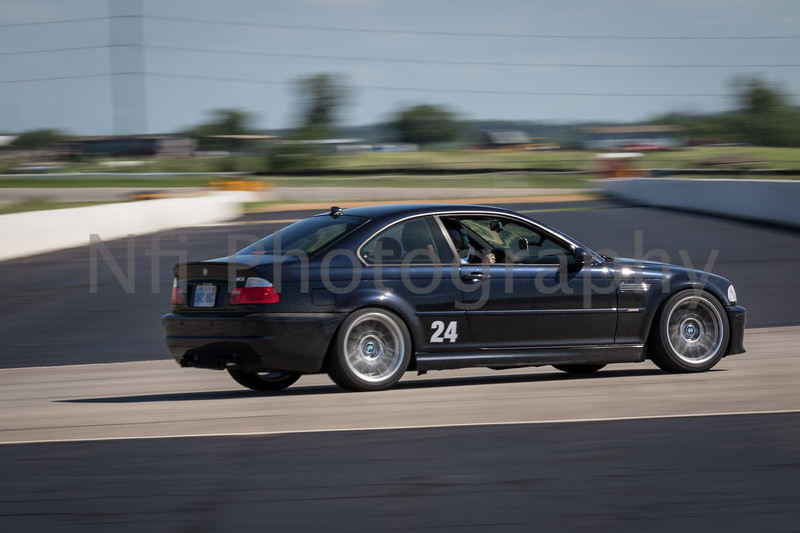 Flat Out Group 3-191.jpg