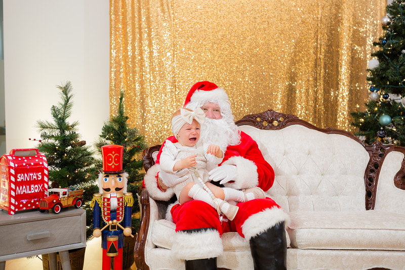 FADS Picture with Santa-197.jpg
