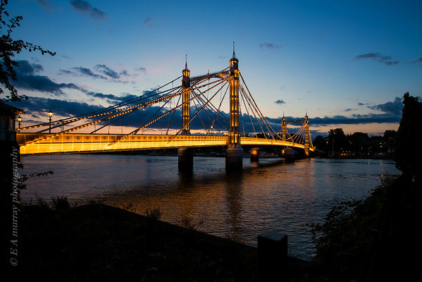 London by the river walk aug 2014