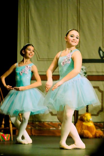 livie_dance_120912_029.jpg