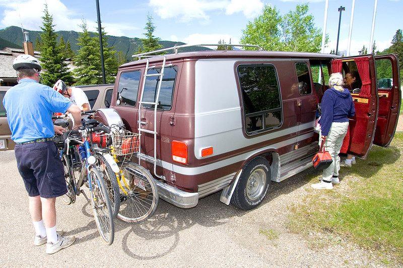 This is Terry Inoldsby's king-size van (Vandura 2500) that he inherited from his father.  We didn't know Terry even had this until this day.  Gotta love people who have appropriate vehicles for all occasions!  Terry had 3 bikes on the rack and 2 inside and room for more!