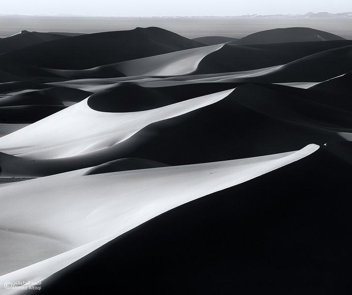 Oman Desert (62)- B&W.jpg