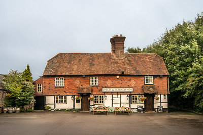 Fox & Hounds, Godstone
