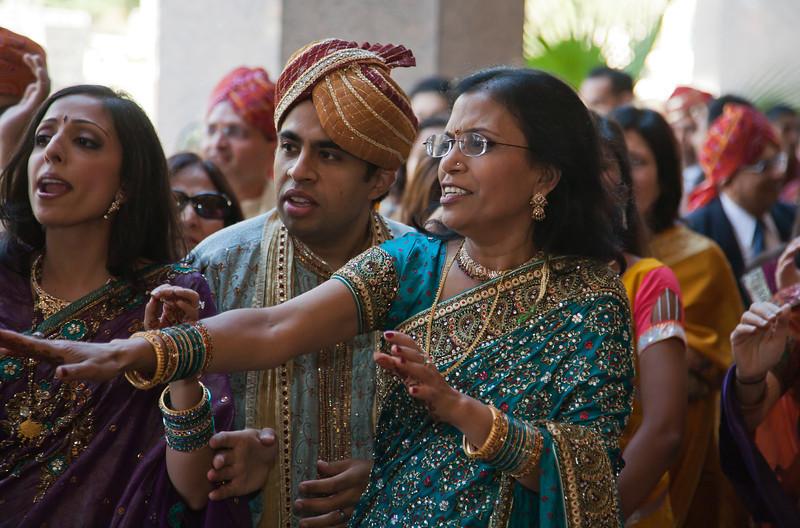 Shikha_Gaurav_Wedding-490.jpg