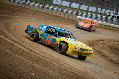 Dirt Oval - May 14, 2016