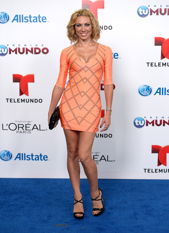 . MIAMI, FL - AUGUST 15:  Carolina Laursen arrives for Telemundo\'s Premios Tu Mundo Awards at American Airlines Arena on August 15, 2013 in Miami, Florida.  (Photo by Gustavo Caballero/Getty Images)