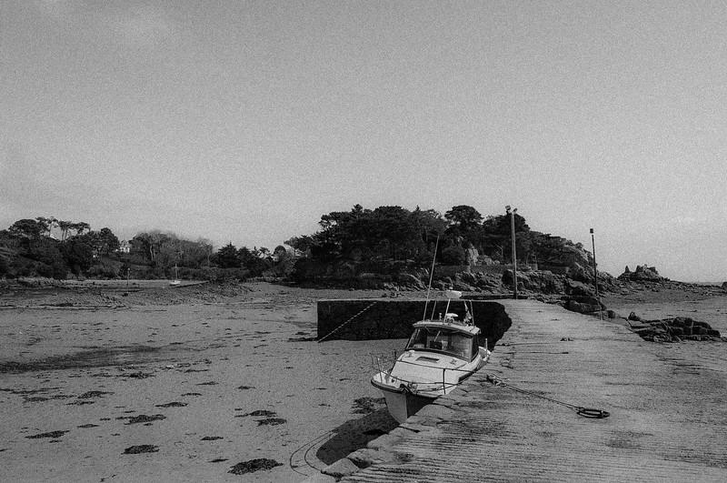 Brehat Boat.jpg