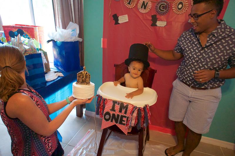 LINCOLN 1st BIRTHDAY PARTY_ 77.jpg