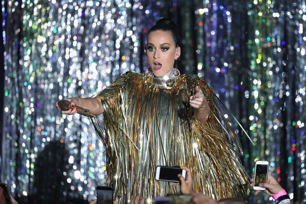 . CAP D\'ANTIBES, FRANCE - MAY 19:  Katy Perry performs on stage at the amfAR\'s 23rd Cinema Against AIDS Gala at Hotel du Cap-Eden-Roc on May 19, 2016 in Cap d\'Antibes, France.  (Photo by Andreas Rentz/Getty Images)