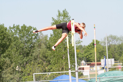 D1 Boys' Pole Vault - 2014 MHSAA LP T&F Finals