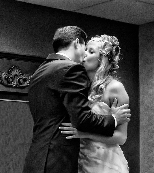 Kiss Touchdown soft blur.jpg