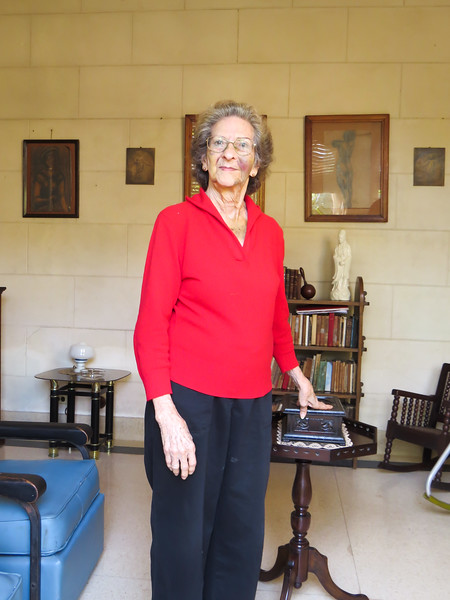 Marguerite, our hostess and owner of the 'casa particulare' (like a B&B) where Jennifer and I stayed during our two evenings in La Havana. It was a beautiful home with high ceilings, and antique furniture.