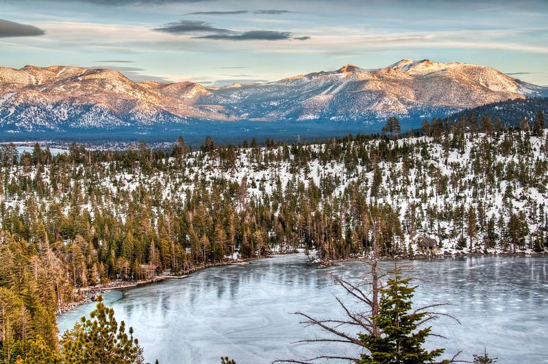 frozen-lake-sundown-2.jpg