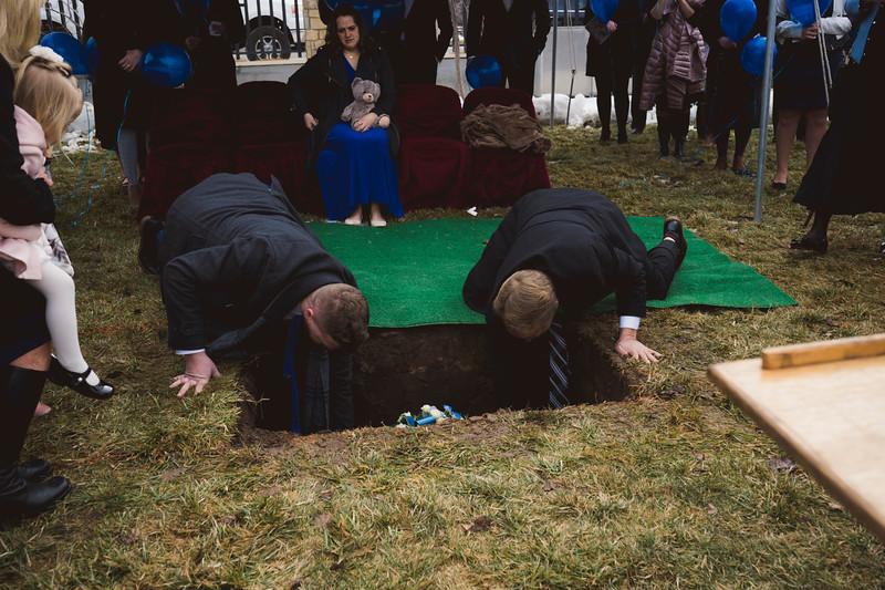 baby dew funeral-79.jpg