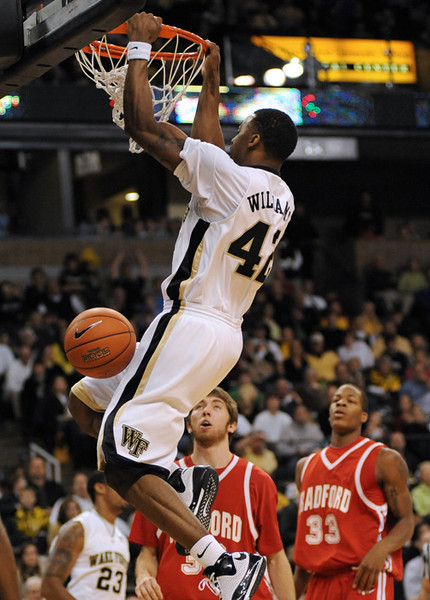 Williams dunk 02.jpg